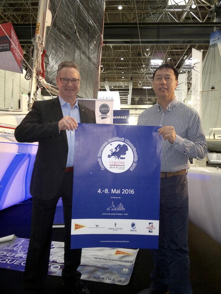 Richard Müller (Geschäftsführer Erwin Sattler Uhren) & Kresimir Secak (CEO Corsair Marine Int'l) mit CEMC 2016 Poster