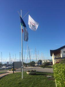 Die Corsair-Flagge ist bereits vor Ort gehisst.